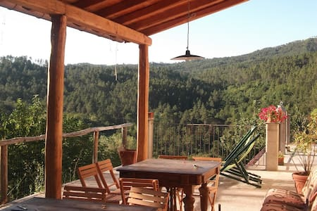 Farmhouse Cinque Terre. Double room in Straw House - Pavareto - Bed & Breakfast