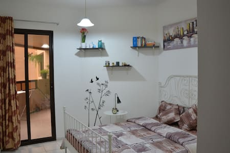 Charming dbl room in central Dubai - Apartment