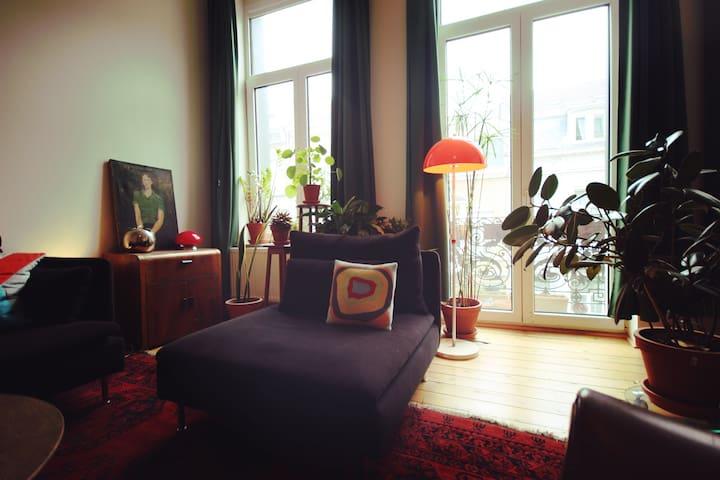 NEW! Lovely apartment with terrasse - Saint-Josse-ten-Noode - 아파트