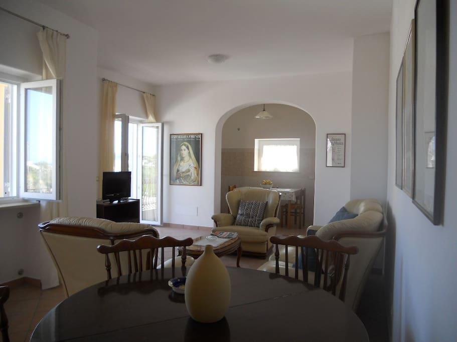 Appartamenti la balestra 1 appartamenti in affitto a for Appartamenti ischia