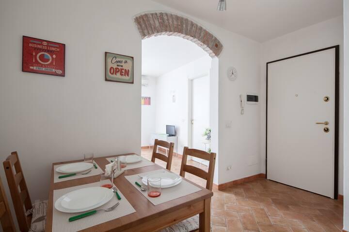 LOVELY apartment Station PARKING - La Spezia, Liguria, IT - Apartment