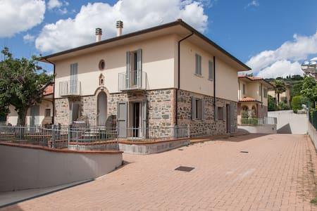 Nido d'amore alla Toscana - Lucignano - Loft