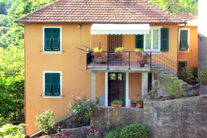 Holiday home near the Cinque Terre National Park.