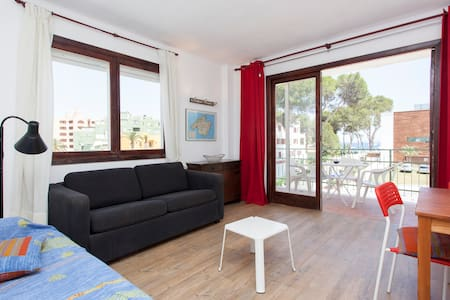 Apartment in Magaluf 2min to beach! - Magaluf - 公寓