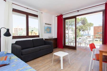Apartment in Magaluf 2min to beach! - Magaluf - Wohnung