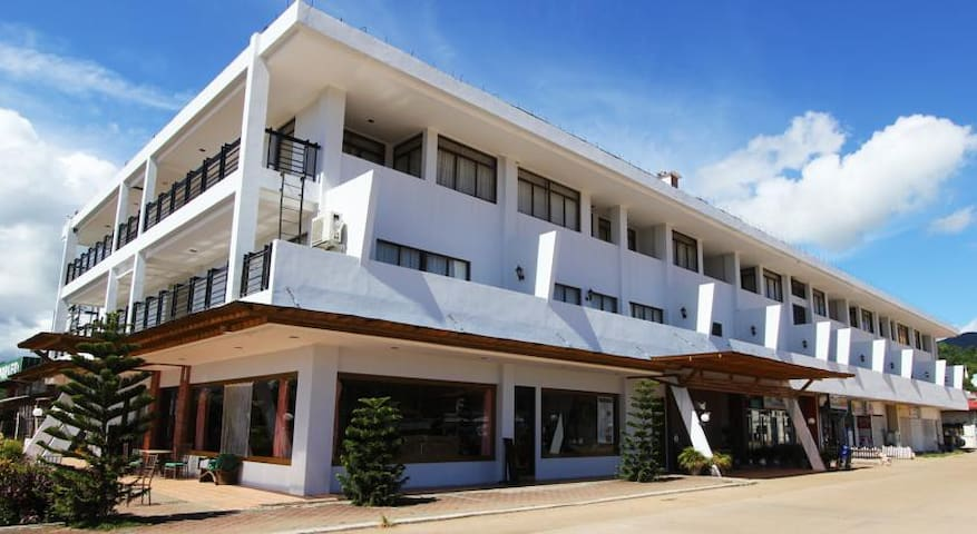 Executive Family Suite on Coron! - Coron - Wohnung