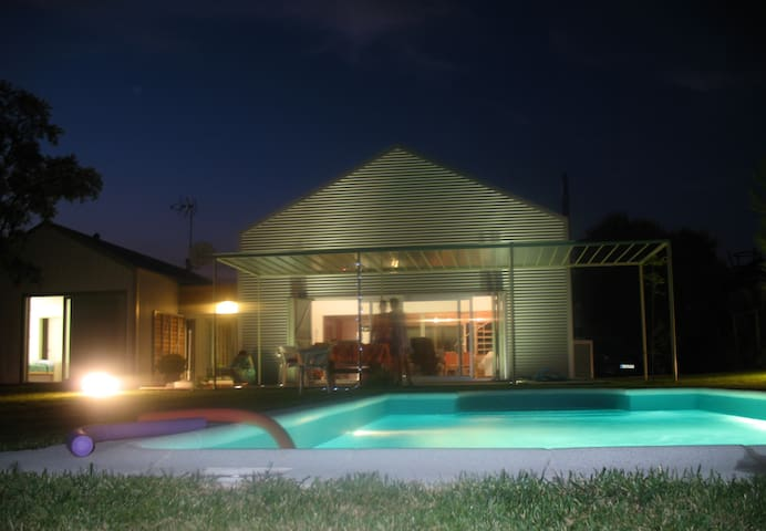 Villa in the Countryside - Whol(URL HIDDEN)people - Nuevo Baztán - Huvila