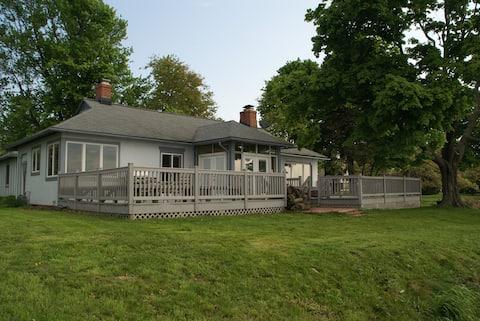 Beautiful House on Lake Erie