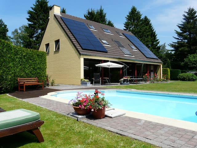 5 bedrooms home with private pool - Villers-la-Ville - Hus