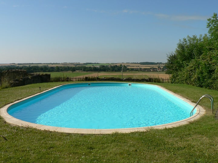 Grande maison de campagne avec piscine privative