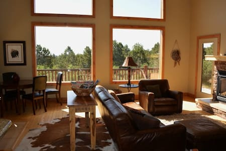 Rent 3 nights, get 4th FREE!!  Hot Tub!! - Orderville - House