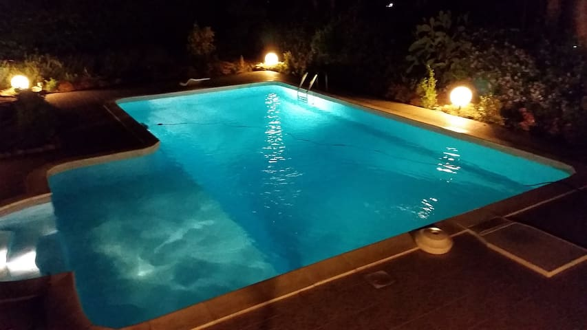 Villa With Private Pool | Wi-Fi - Parking - Clima - Torre Colonna-Sperone