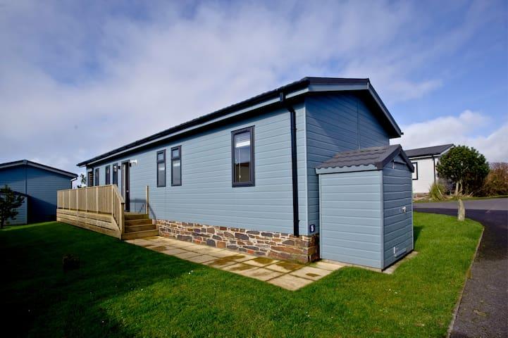 The Retreat Lodge, Salcombe
