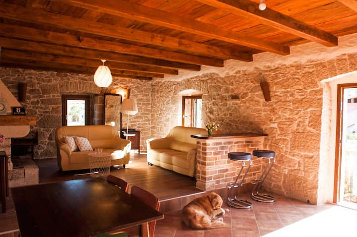 Little charming stone house in the heart of Istria