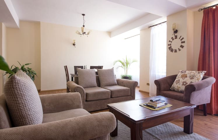 COSY AND MODERN APARTMENT IN KILELESHWA - Nairobi - Huoneisto