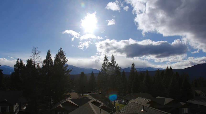 Large Condo Mountain View (5 bed/Sleeps 11)