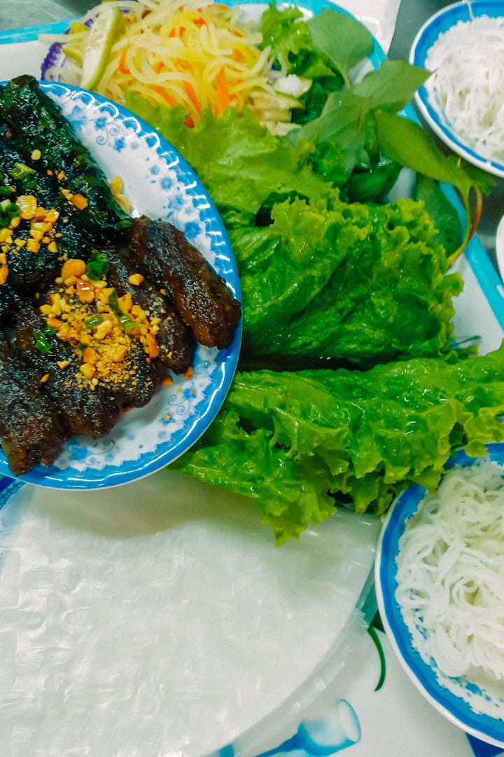 """Bo la lot"" – beef wrapped in betel leaf"