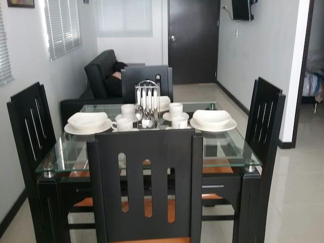 Lindo y cómodo Apartamento - Montenegro - Appartement