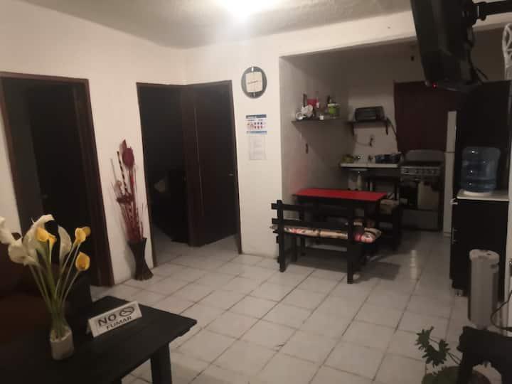 Bonita habitación en departamento muy bien ubicado