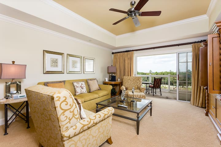 Great Three Beds Vacation Apartment (266608)
