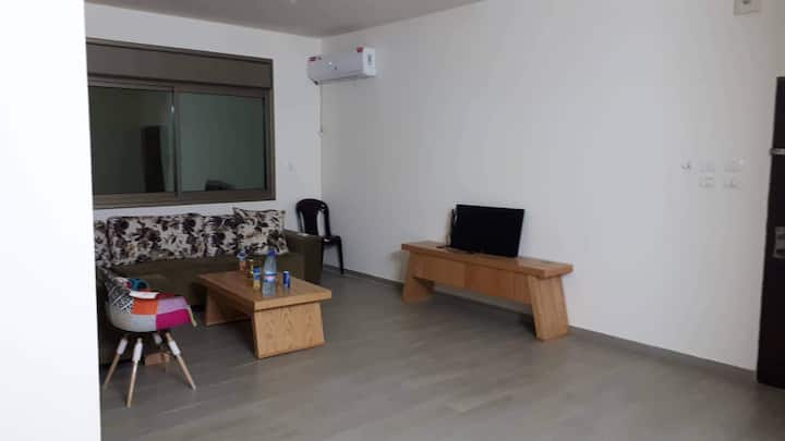 Private Room in a apartment nablus