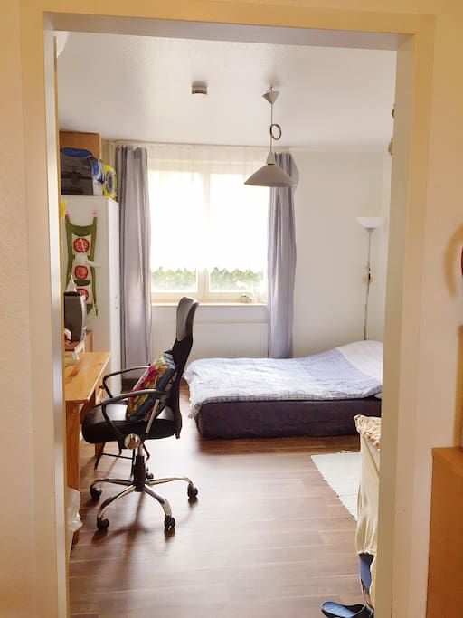 super room near uni bielefeld appartamenti in affitto a bielefeld nordrhein westfalen germania. Black Bedroom Furniture Sets. Home Design Ideas