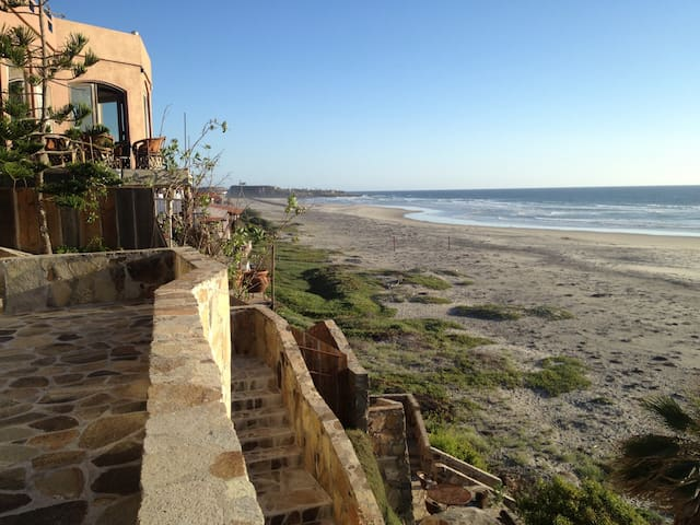 Beach House Playa La Mision
