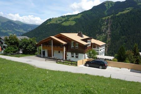 Erholung pur in den Bündner Bergen - Malix