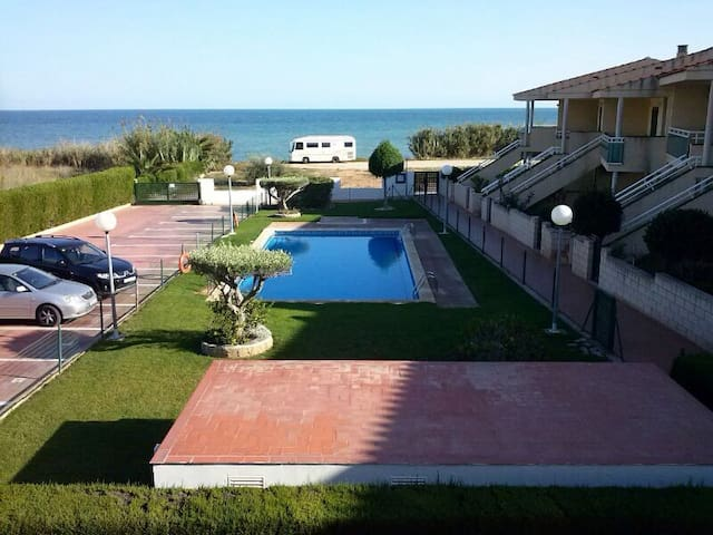 Great apartment in front of the sea - Les Cases d Alcanar (Alcanar)