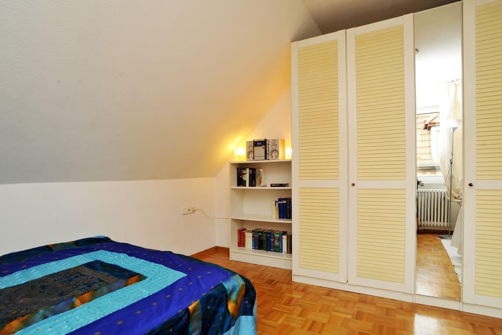 private sunny modern cosy lofts for rent in stuttgart baden w rttemberg germany. Black Bedroom Furniture Sets. Home Design Ideas