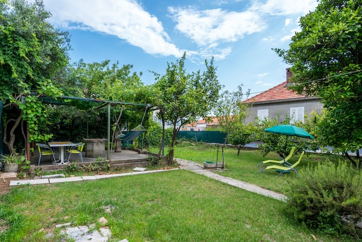 Garden house 5 pax near Old town - Dubrovnik - Casa