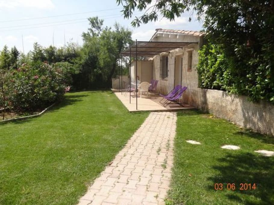 Joli t3 avec jardin aix en provence houses for rent in guilles provence alpes c te d 39 azur - Recuperar jardin aixen provence ...