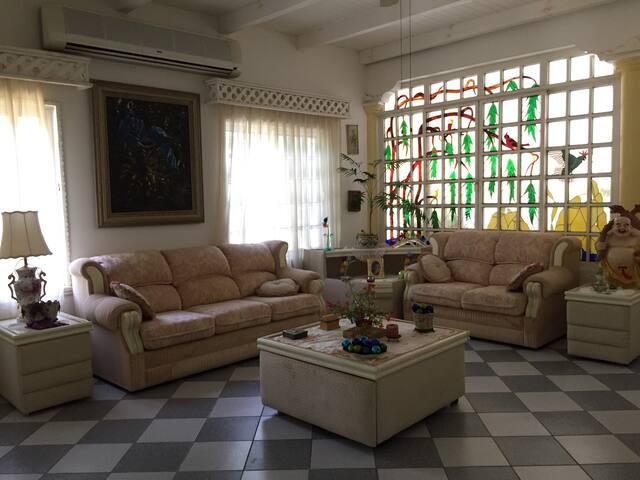 Rancho Juangacuaro Casa-habitación