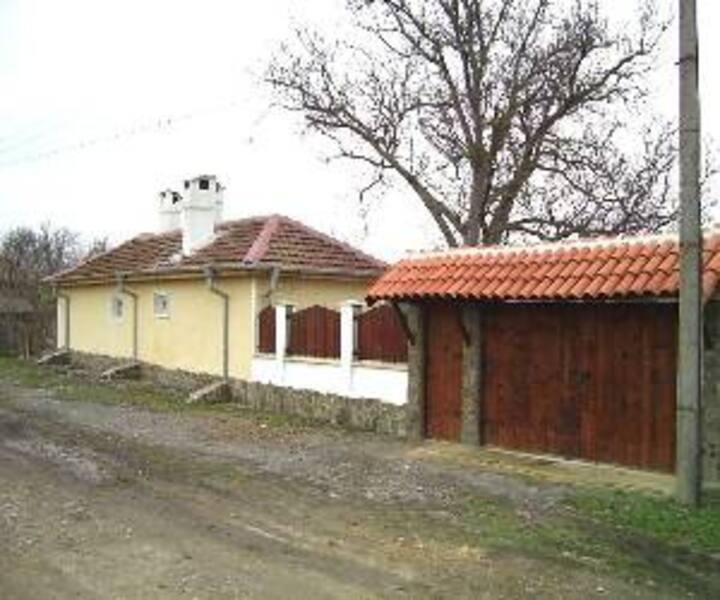 Villa Tutrakantsi