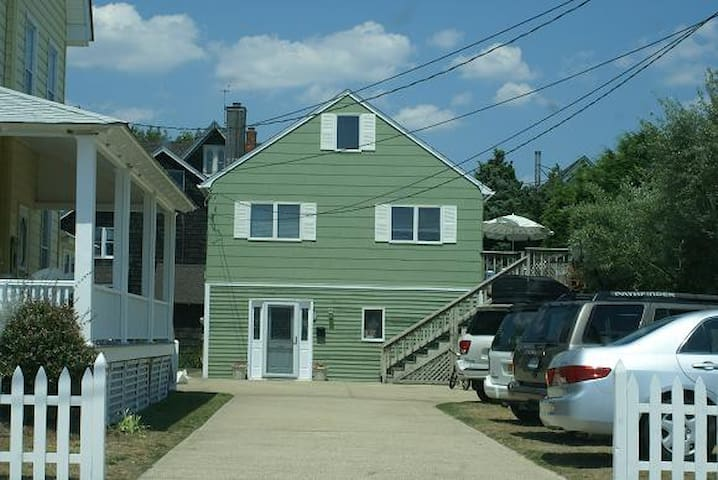 Beach Haven LBI (Upstairs Apt.) - Beach Haven - Pis