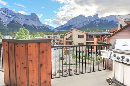 RidgeView Loft-Top Floor 2 Bed/2 Bath, Great Views