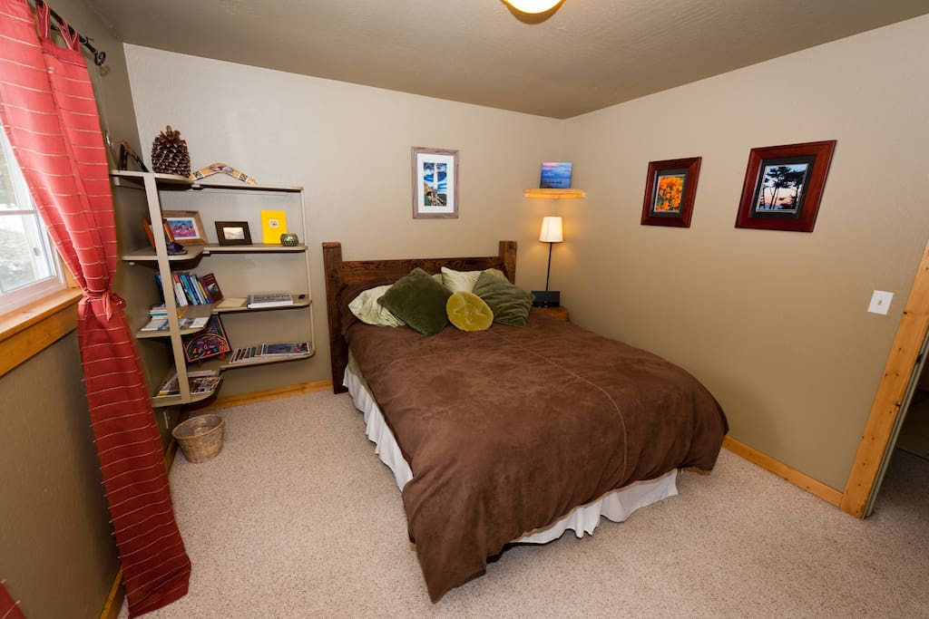 Quest bedroom