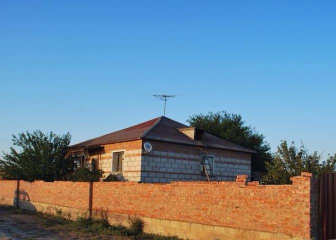 Частный дом на берегу Волги - Самосделка - Huis