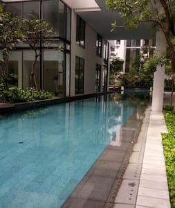 CHIC POOLSIDE LOFT - Bangsar South - Kuala Lumpur - Loteng Studio