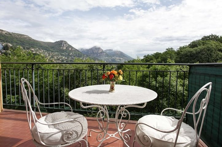 Old Town Sunny Terrace 75sqm lovely flat - Vence - Leilighet
