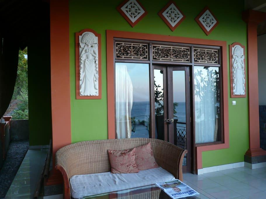 Cafe C'est Bon Homestay 3 top view