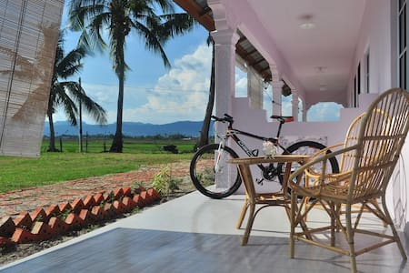 Cozy Farm stay Near Main Beach - Casa