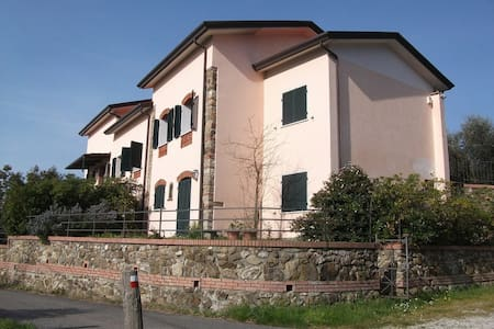 Exclusive !! - Castelnuovo magra