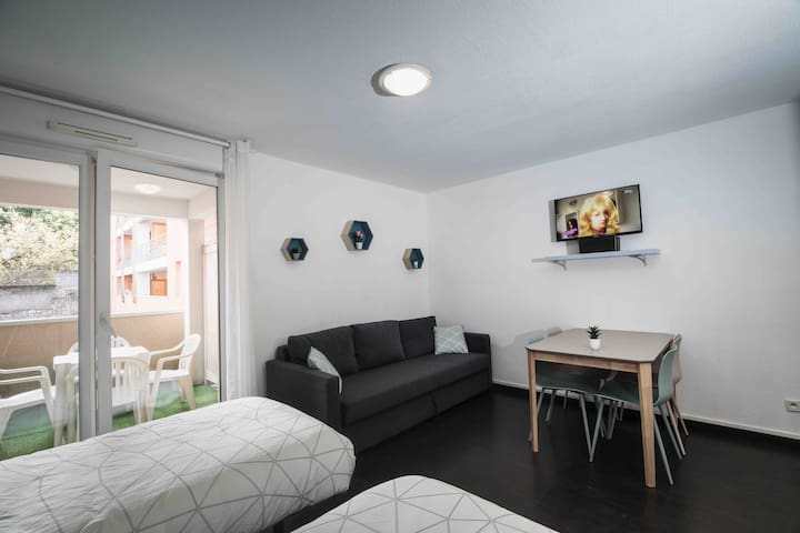 Studio 28 m2 ★ Hypercentre ★ Parking ★ Wifi