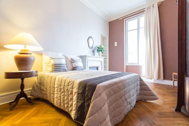 Amazing Bedroom B&B center and sea - Nice - Bed & Breakfast