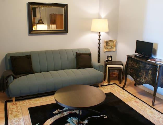 Fountainview Inn - Suite 304