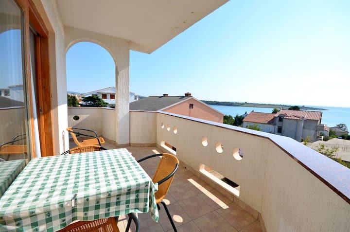Two Bedroom Apartment, seaside in Novalja - island Pag, Balcony