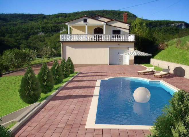 Apartment sharing a swimming pool - Buzet - Daire