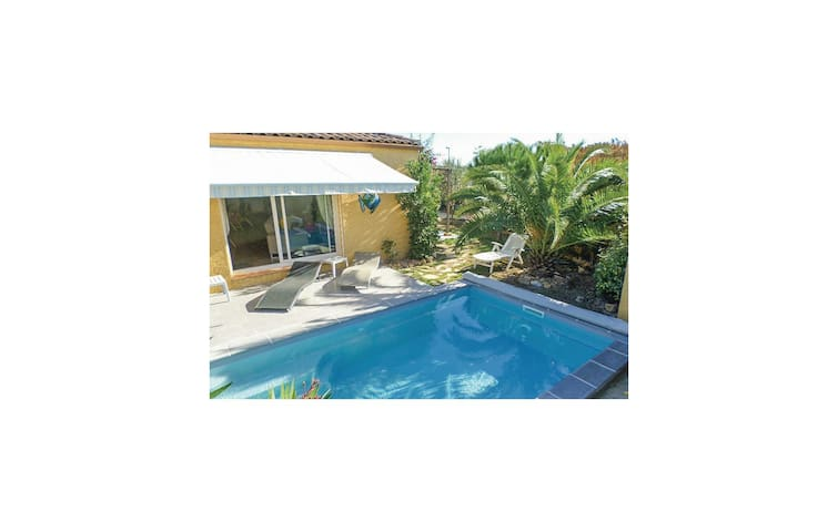 Holiday cottage with 3 bedrooms on 95 m² in Sauvian