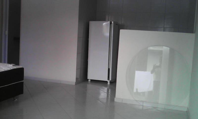 Flat kitnet com garage internet etc - Natal - Bed & Breakfast